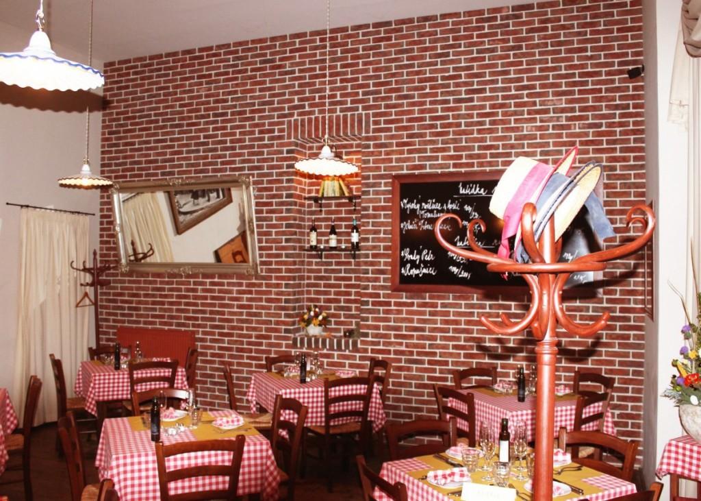 Obkladové pásky Milano v interiéru restaurace